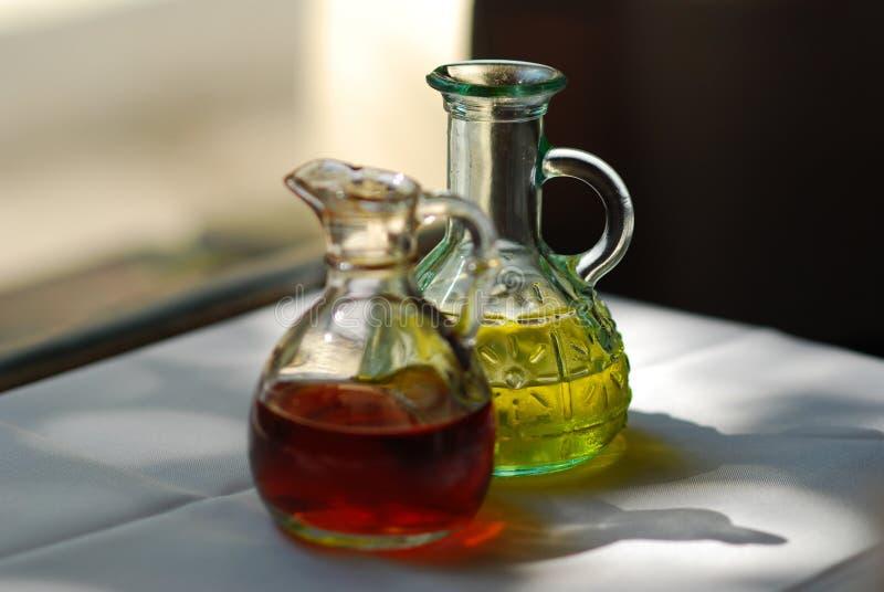 Petróleo y vinagre foto de archivo libre de regalías