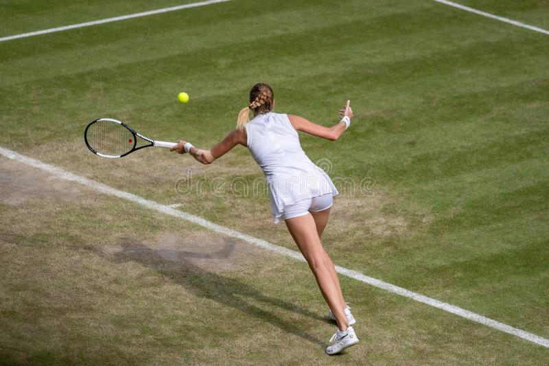 Petra Kvitova på Wimbledon royaltyfria bilder