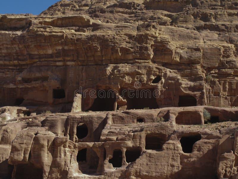 Petra  Raqmu - ιστορικές καταστροφές της αρχαίας, πόλης βράχου του Nabatean Arabians Βρίσκεται στη νοτιοδυτική Ιορδανία Είναι επί στοκ φωτογραφίες με δικαίωμα ελεύθερης χρήσης