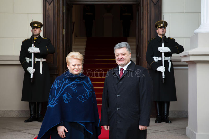 Petro Poroshenko en Dalia Grybauskaite stock foto's