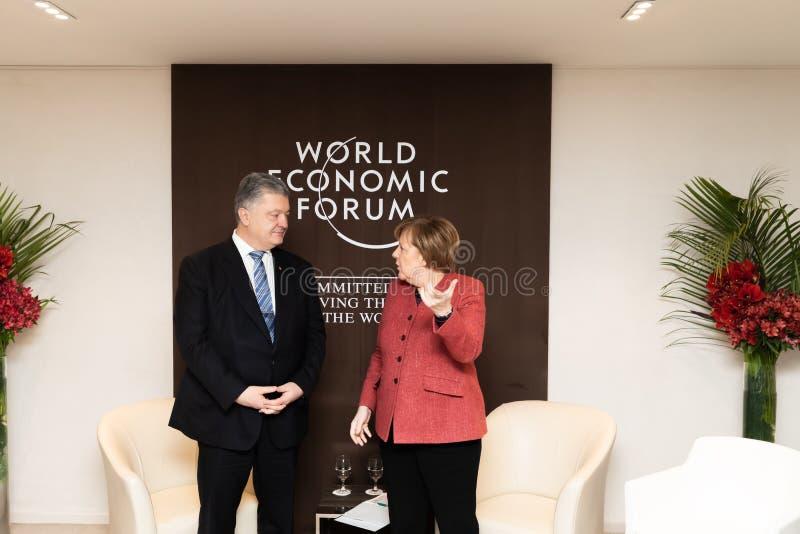 Petro Poroshenko et Angela Merkel image stock
