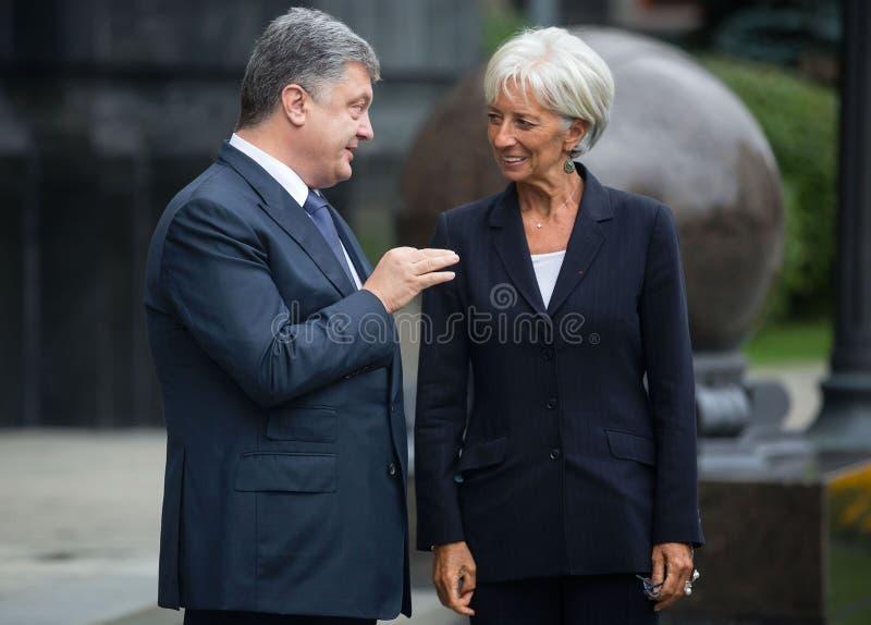 Petro Poroshenko et Christine Lagarde photographie stock libre de droits