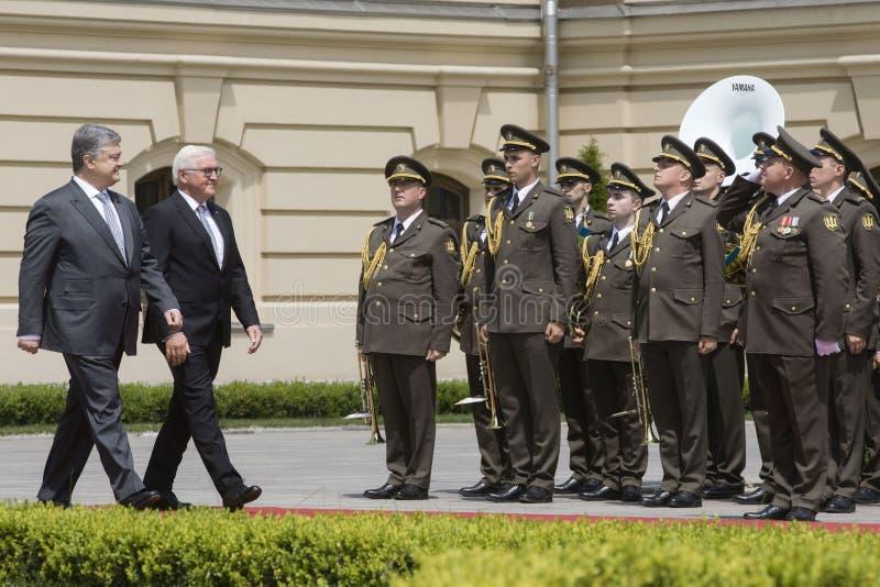 Petro Poroshenko i Frank-Walter Steinmeier zdjęcia royalty free