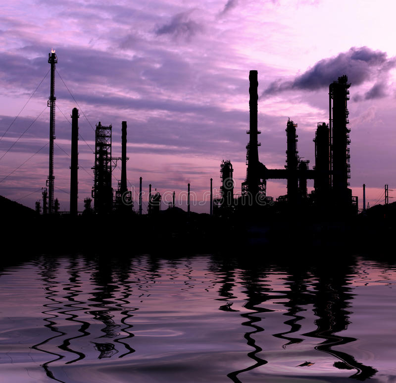 Download Petrochemical Oil Refinery Plant Stock Image - Image: 26489645