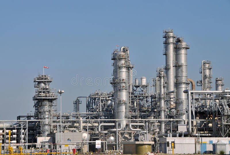 Download Petrochemical plant 2 stock photo. Image of equipment - 32426890