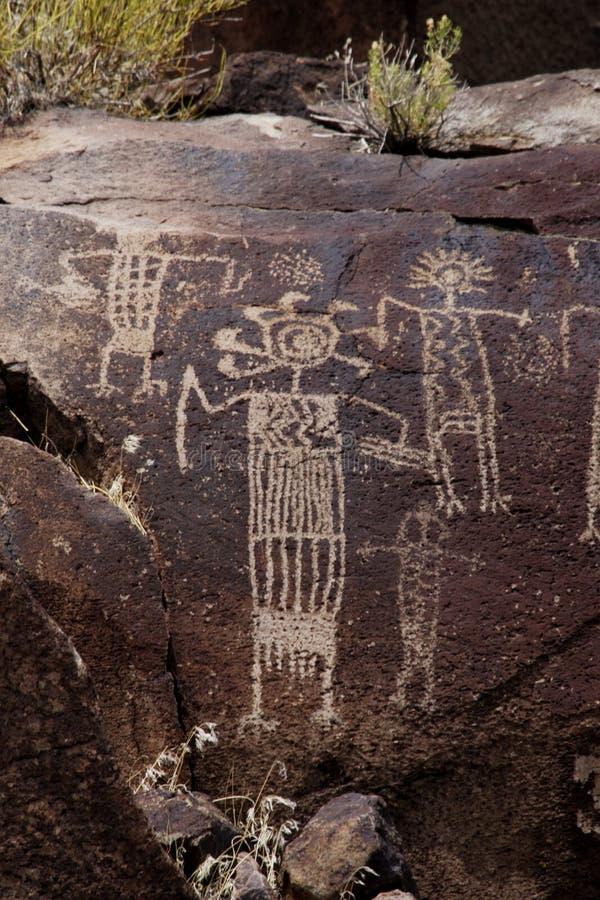 Petroglifi dell'intervallo di Coso fotografie stock libere da diritti