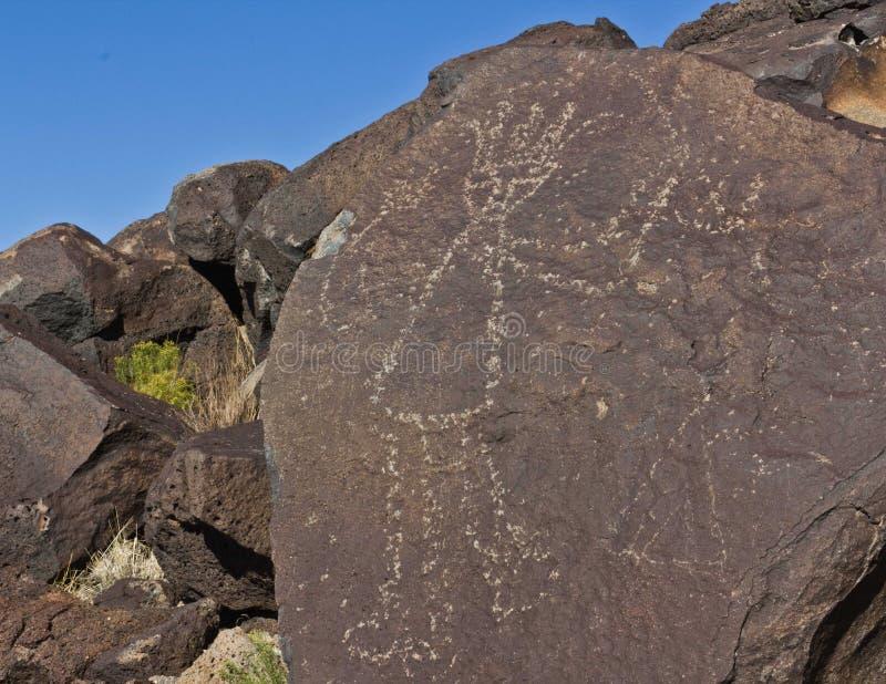 Petroglifo degli nativi americani in anticipo dell'interruttore S.U.A. fotografia stock