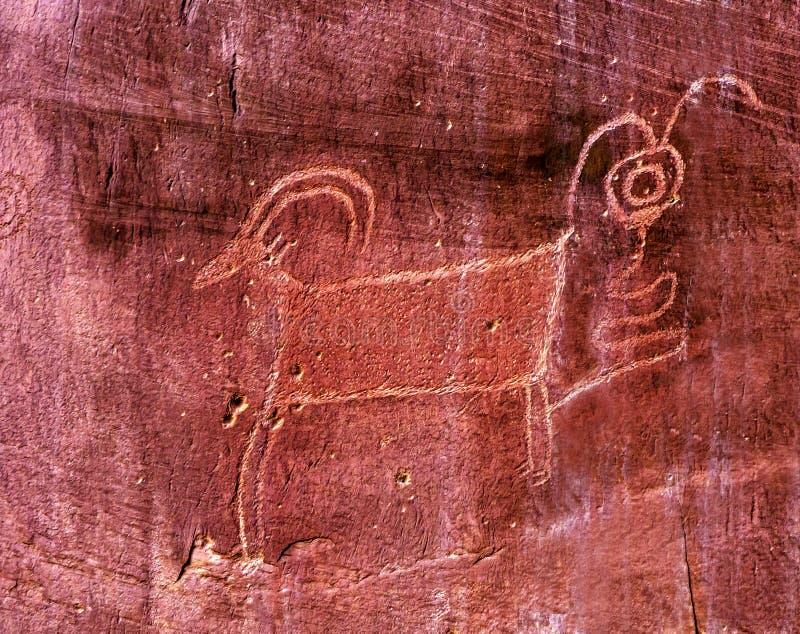Petroglyph Utah för get för indianindierFremont får royaltyfria bilder