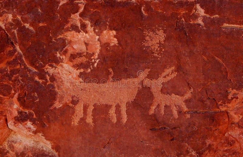 Download Petroglyphen stockbild. Bild von esel, höhle, zeichnungen - 9081633