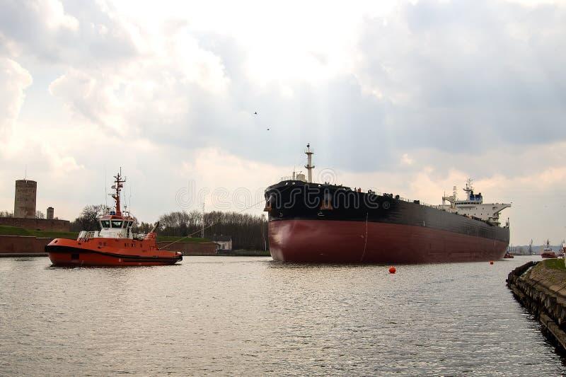 Petroleiro rebocado fotos de stock royalty free