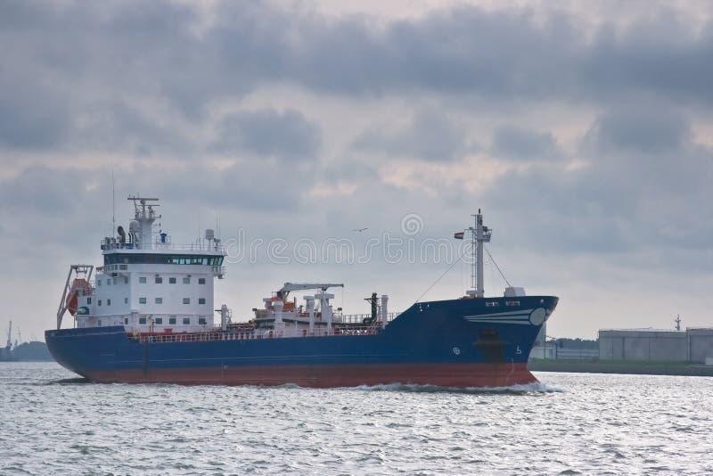 Download Petrolero imagen de archivo. Imagen de puerto, refinería - 7288787