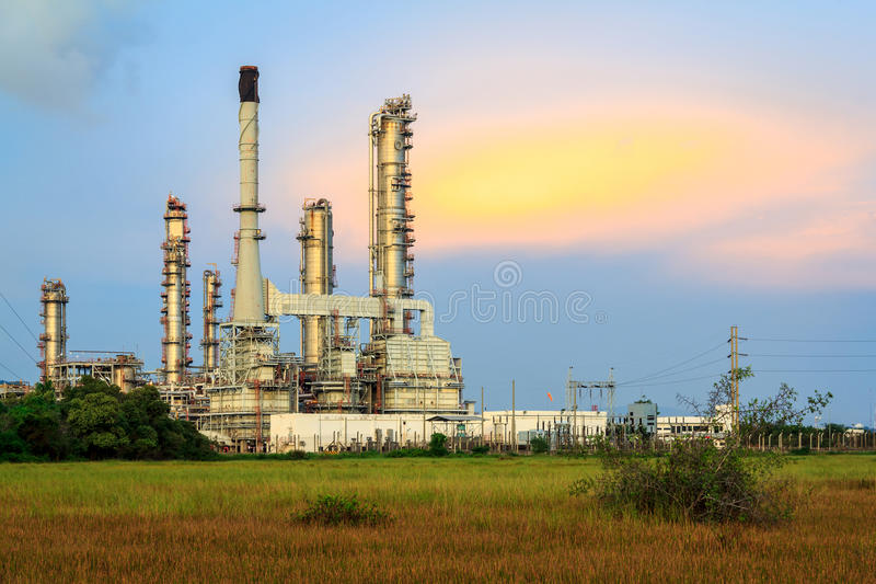 Download Petroleum Refinery stock photo. Image of dioxide, pipe - 35580848