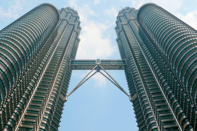 Petronas står hög, Kuala Lumpur, malaysia arkivfoto