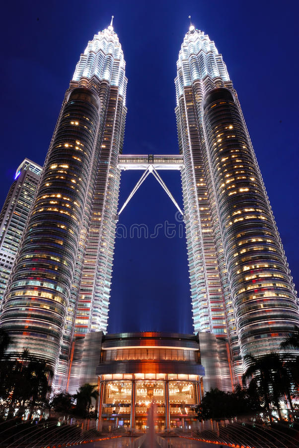 Download Petronas Twin Towers editorial stock photo. Image of towers - 25286758