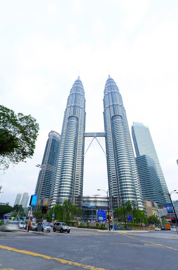 Download Petronas Twin Towers Exterior Design Editorial Photo - Image of garden, construction: 33702961