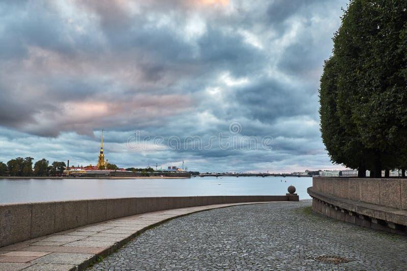 Petropavlovskaya-Festung lizenzfreies stockfoto