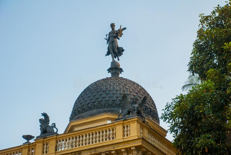 Petropolis, Brazylia: Żółta pałac rada miasta, Palacio Amarelo, Camara Miejski, Rio De Janeiro zdjęcia royalty free
