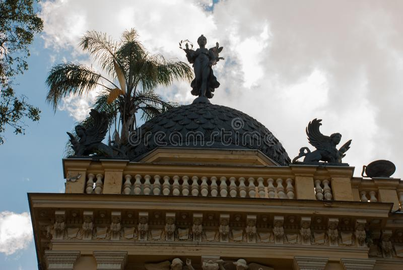 Petropolis, el Brasil: Ayuntamiento amarillo del palacio, Palacio Amarelo, Camara Municipal, Rio de Janeiro imagen de archivo