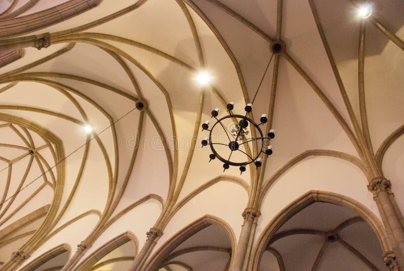 PETROPOLIS, RIO DE JANEIRO, BRASIL: Catedral católica interior Catedral de Petropolis Igreja de St Peter Neog?tico imagem de stock