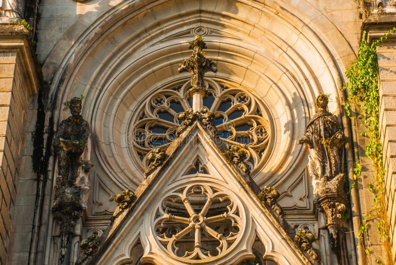 PETROPOLIS, RIO DE JANEIRO, BRASILE: Cattedrale di Petropolis Chiesa della st Peter Neogotico immagini stock libere da diritti