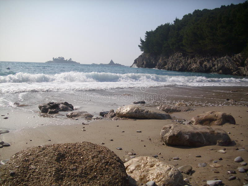 Petrovac, die alte Stadt, Montenegro-Strand neearby stockbilder