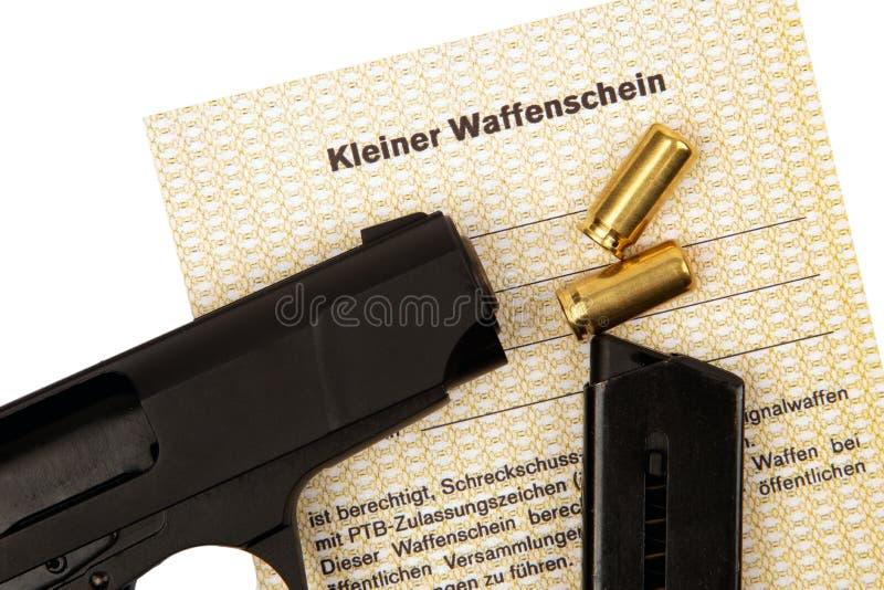 Peu certificat d'arme photographie stock
