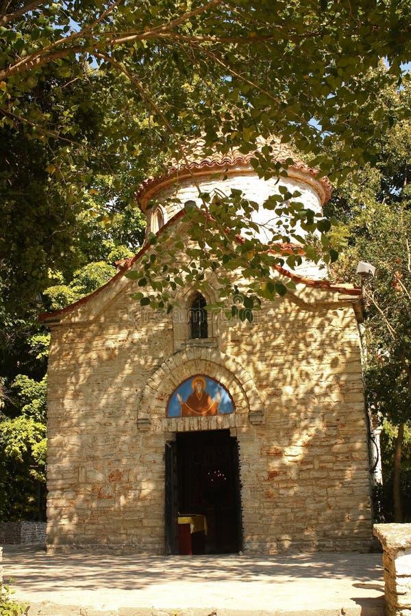 Peu d'église, Balchik, Bulgarie. photo stock