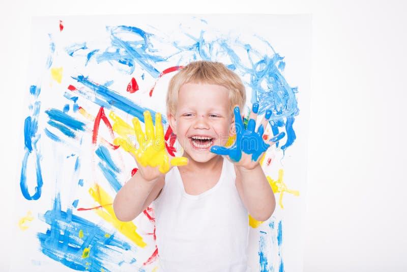 Download Peu D'enfant Dessine Des Couleurs Lumineuses école Précours Éducation Créativité Photo stock - Image du créateur, inspiration: 56486380