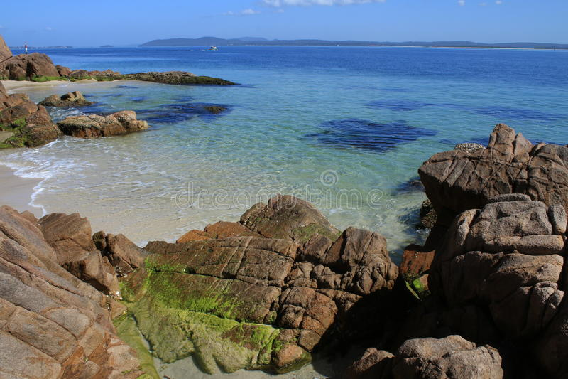 Peu de baie, Nelson Bay photo stock