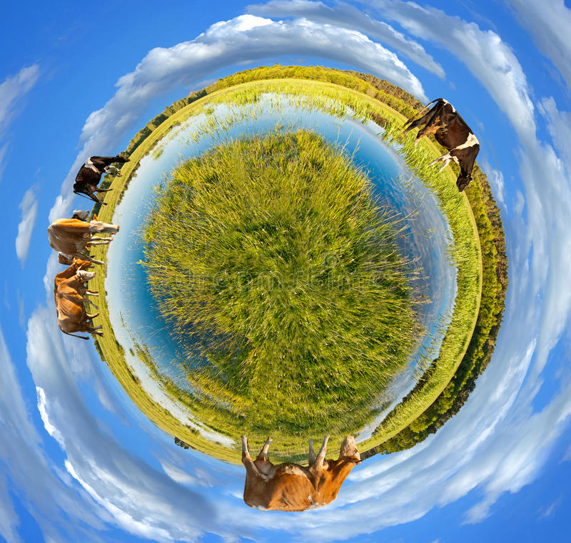 Peu de panorama de planète photographie stock