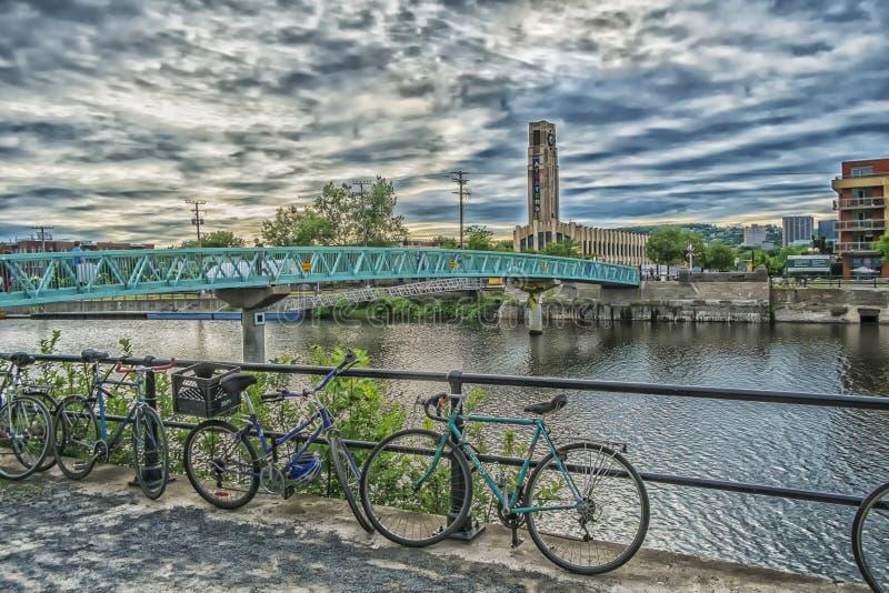 Peu de pont au marché d'Atwater photographie stock libre de droits