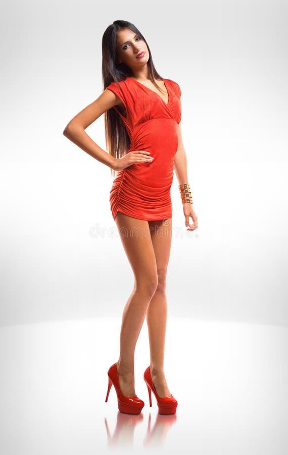 Peu robe rouge. photos libres de droits