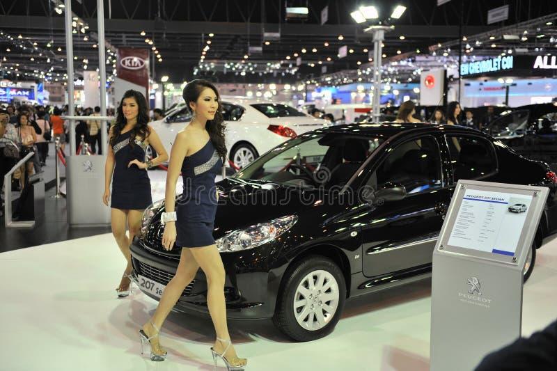Peugeot 207 auf Bildschirmanzeige an einem Car Show stockfotos