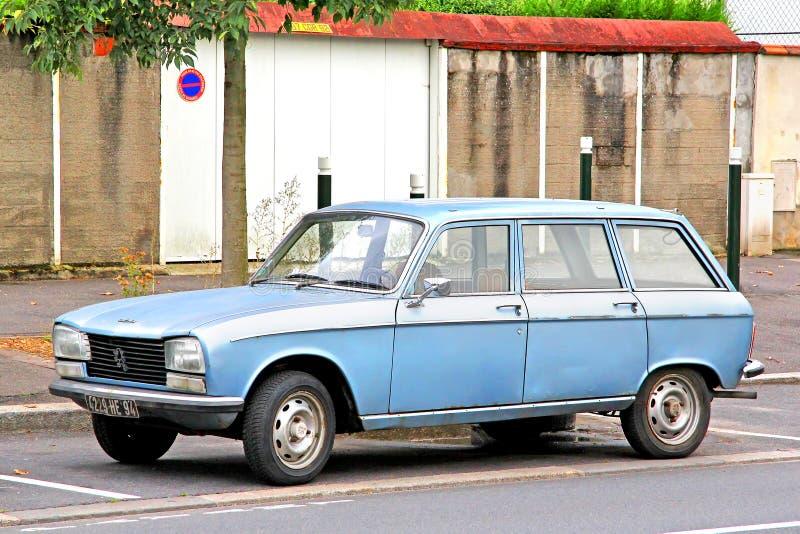 Peugeot 304 avbrott royaltyfria bilder