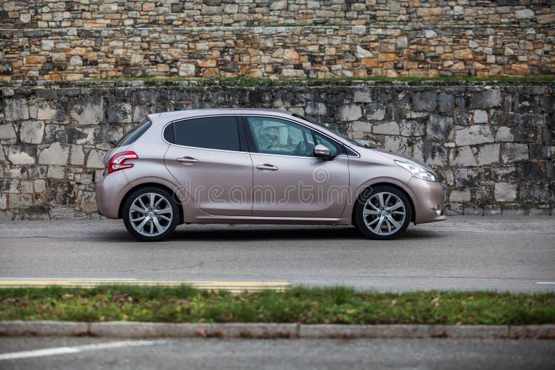 Peugeot 208 E-hdi foto de archivo