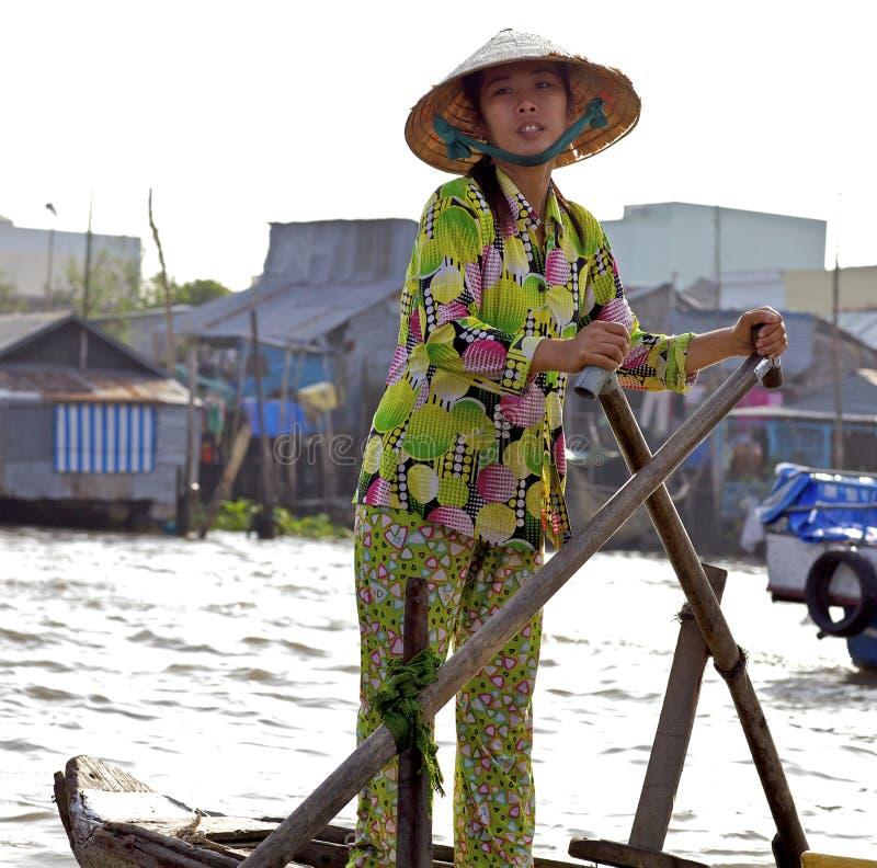 Peut marché le flottement Vietnam de Tho photo libre de droits