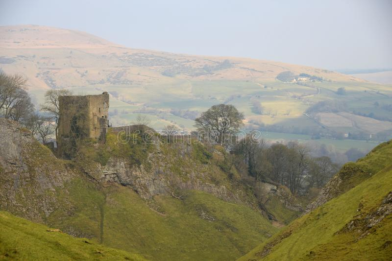 Peveril Castle in The Peak District National Park. Peveril Castle, a ruined 11th-century castle overlooking the village of Castleton in the English county of stock images