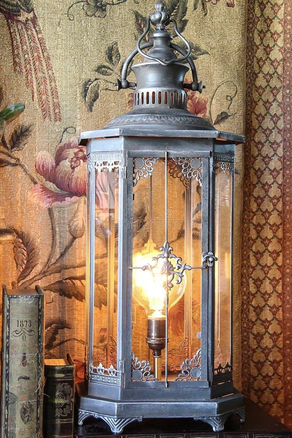 Pewter steampunk Edison lampa zdjęcia stock