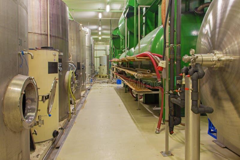 Pezinok - d'intérieur producteur slovaque de fabricant de vin du grand  photos libres de droits