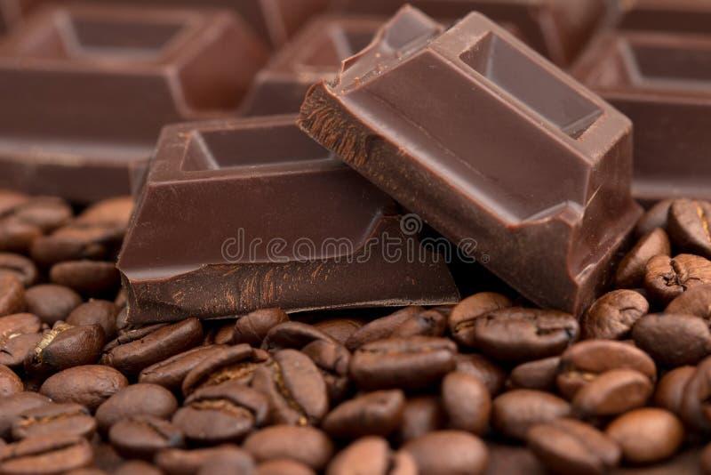 pezzi del cioccolato fotografie stock libere da diritti