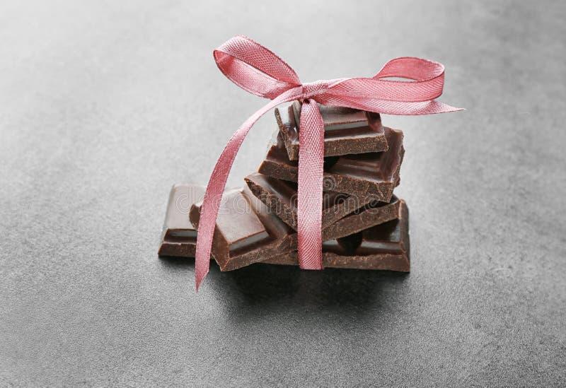 Pezzi rotti del cioccolato immagini stock libere da diritti