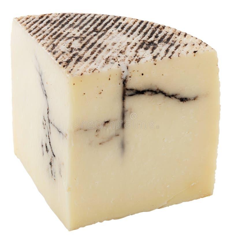 Pezzo di formaggio di capra casalingo isolato su bianco fotografia stock