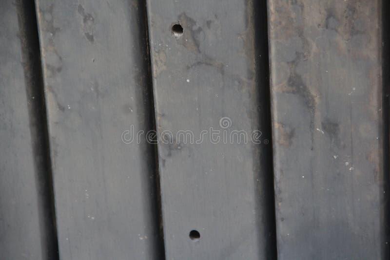 Pezzo di legno con contrasto e vernice fotografia stock