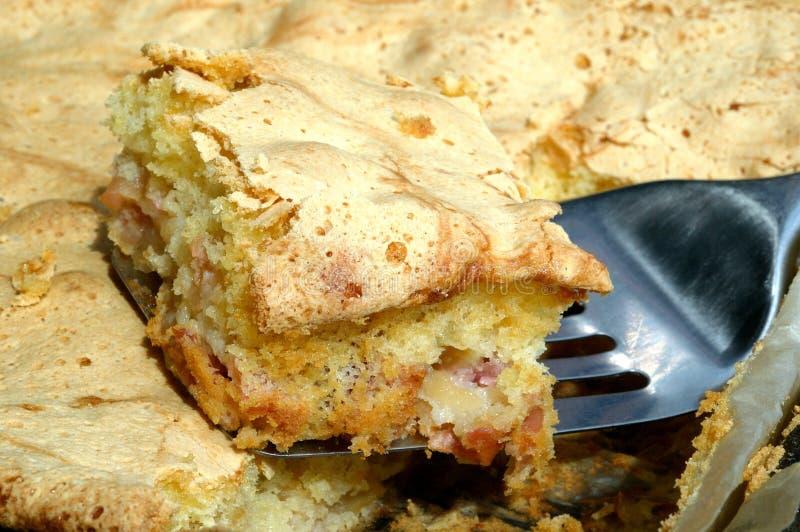 Pezzo di torta di mele fotografie stock libere da diritti