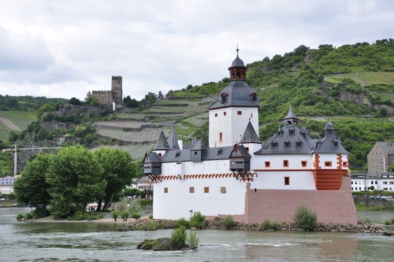 Pfalzgrafenstein und Burg Gutenfels lizenzfreie stockfotos