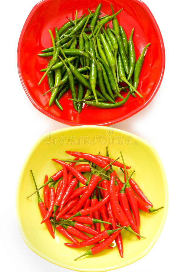 Pfeffer des grünen und roten Paprikas lizenzfreie stockbilder