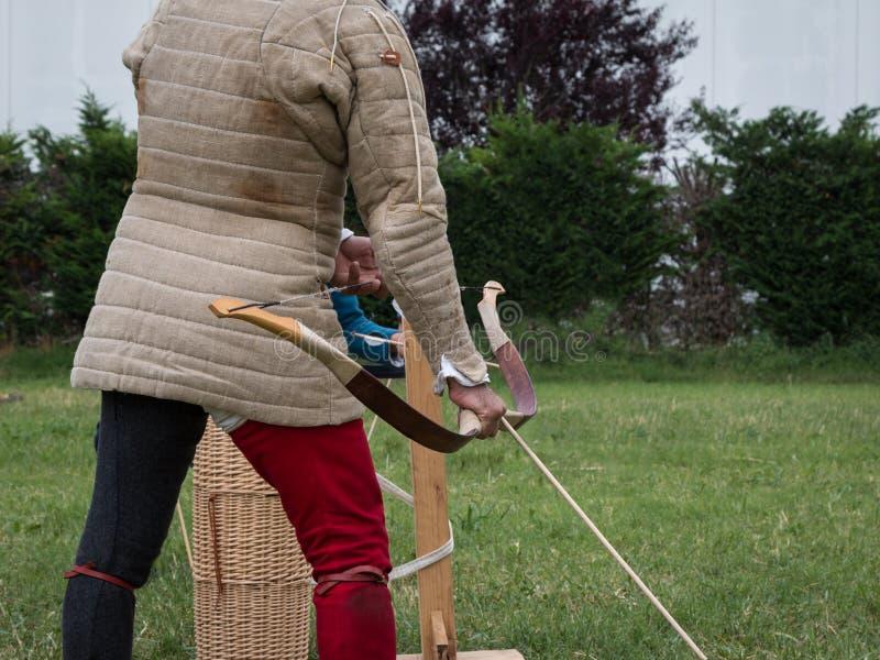 Pfeil ` s Herausforderung: Mittelalterliche Ereignis-Rekonstruktion mit Archer-` s C lizenzfreies stockfoto