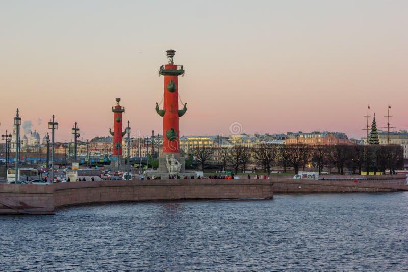 Pfeil von Vasilievsky-Insel stockbilder