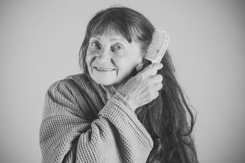 Pflegeheim Ältere Frau in der Pension und im Ruhestand stockbilder