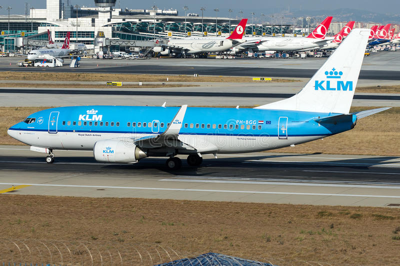 PH-BGG KLM Royal Dutch Fluglinien, Boeing 737-700 lizenzfreie stockbilder